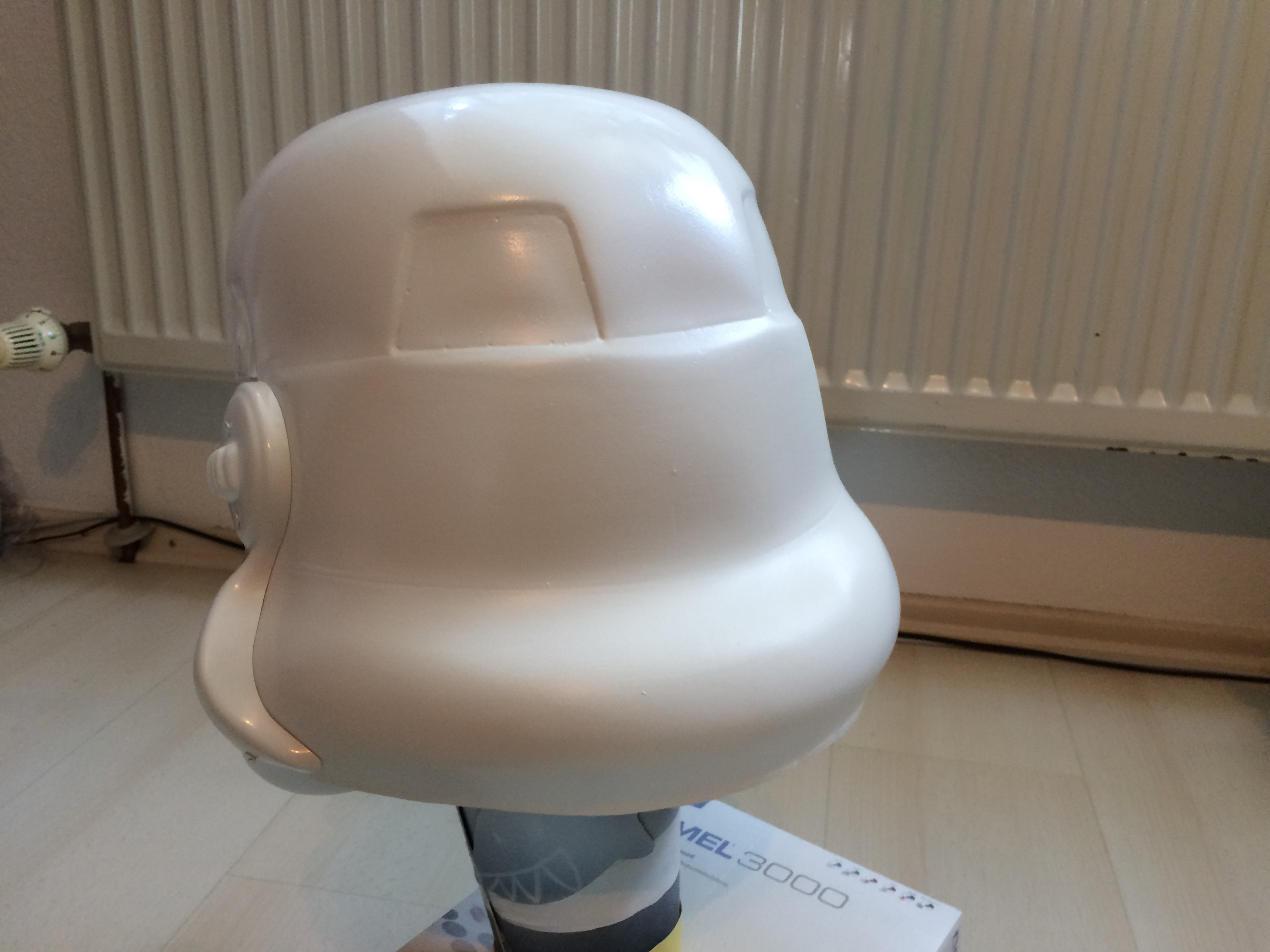 www.bartmarke.net/501st/WIP/FISD/Helmet/HDPE/PaintedBack.JPG